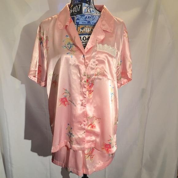 Secret Treasures Other - Vintage Floral Pajama Set